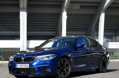 A-BMW-M5-041217_001
