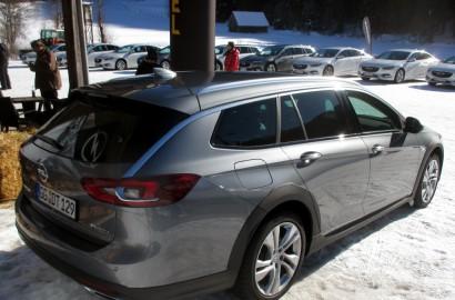 A-Opel-Insignia-Country-Tourer-310118_005