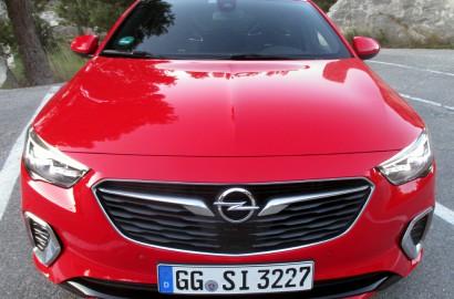 A-Opel-Insignia-GSi-200218_001