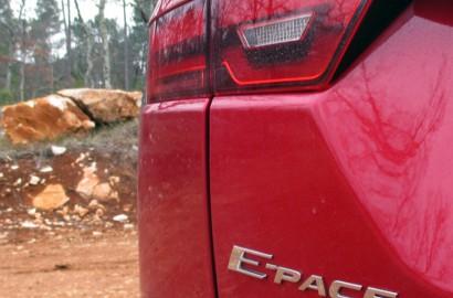 A-Jaguar-E-Pace-230218_005