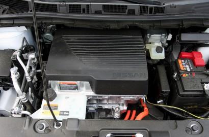 A-Nissan-Leaf-270418_003