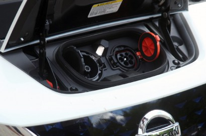 A-Nissan-Leaf-270418_004